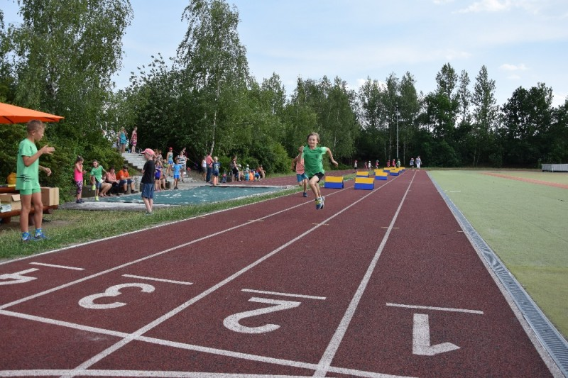 Fotografie DSC_0644.JPG v galerii Sportovni den - přípravka